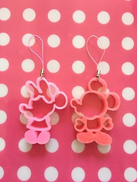 ディズニー ミッキー・ミニー シルエット型ストラップ 赤・ピンク 2個セット 新品