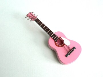 アコースティックギターのミニチュア♪木製・磁石付!