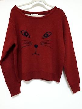 美品 猫の顔が可愛いニットセーター