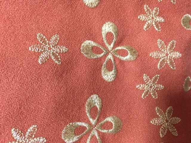 超美品 プライドグライド サーモンピンク 刺繍 ワンピース < ブランドの