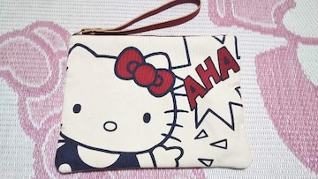 キティちゃんクラッチバッグ