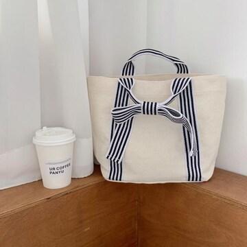 ホワイト シンプルデザイン 蝶結び かわいい キャンバス