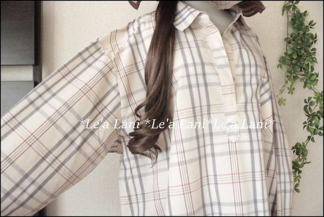 4L*チェック柄シャツプルオーバー*ベージュ♪大きいサイズ < 女性ファッションの