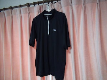 Lynxの黒のポロシャツ(LL)!。