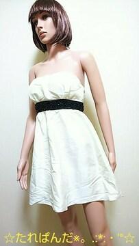 極美品☆胸元ブラックビジュのシャカ�AミニドレスD94☆3点で即落