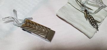 正規 非売品 ブルガリ ブランドロゴエンブレム USBメモリー 2G ゴシックアートリーフ