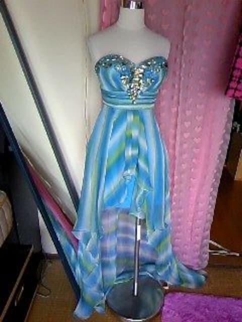 高級liplineビジュ&ビーズ盛ハイロウなグラデのシフォンミニinドレス  < 女性ファッションの
