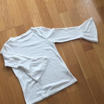 トップス☆白☆160cm☆袖裾広がり