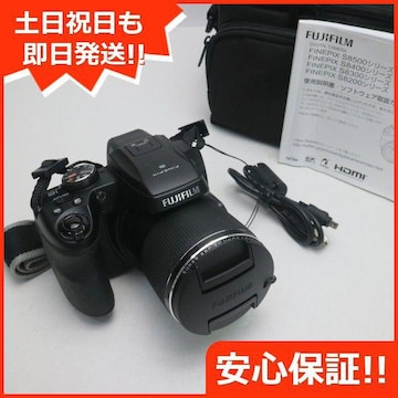 ●安心保証●超美品●FinePix S8200 ブラック●