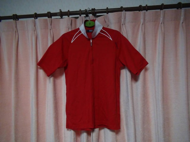 FILAの赤のポロシャツ(M)!。 < ブランドの