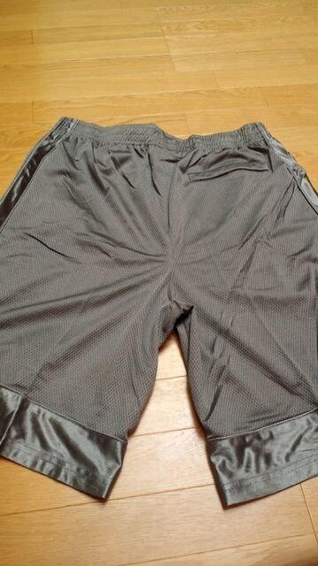 SHAKAサテン生地スウェットハーフパンツ バスケットタイプ シルバー4XL →3XL位 < 男性ファッションの
