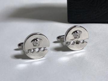 正規美 VERSACEヴェルサーチ メデューサロゴカフス クロームシルバー 立体パンチングボタン