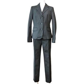 新品モスキーノMOSCHINO綺麗なシルエットのパンツスーツ黒40
