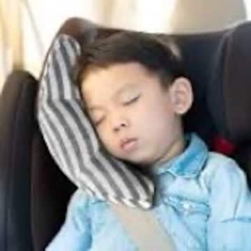 シートベルトカバー 子供 シートベルト 枕 車用品 ショルダーパ