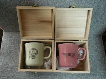 リサ・ラーソン「木箱入りマグカップセット」24