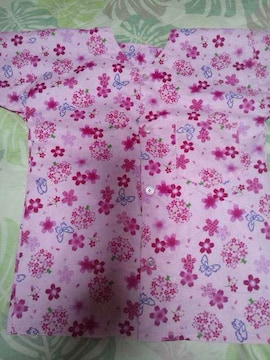 ☆新品ピンク×桜蝶柄ダボシャツ110