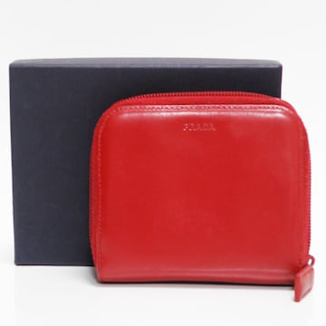 PRADAプラダ ファスナー財布 レザー 赤 良品 正規品