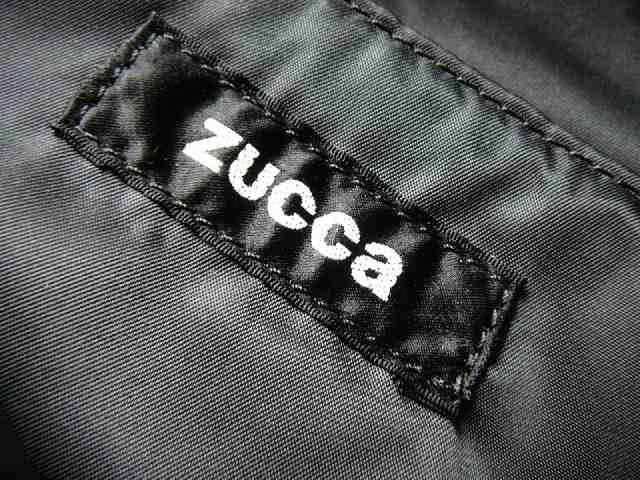 ZUCCA ズッカ生地製ショルダーバッグライダー柄 < ブランドの