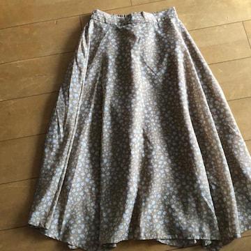 ロペピクニックの可愛いロングスカート。