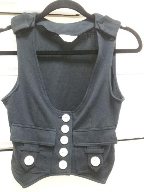 dizzy黒ネイビー白ボタンベストジレMサイズトレーナー素材  < 女性ファッションの