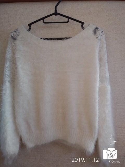 白セーター♪肩レース < 女性ファッションの