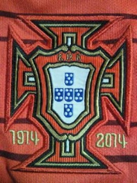 サッカー NIKE ナイキ ポルトガル 代表 ユニフォーム レッド Sサイズ 2014