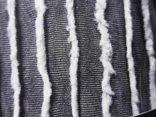 4A1)MusicLegsファー付きストッキング黒白タイツコスプレ仮装衣装セレブダンサーB系 < 女性ファッションの