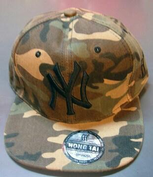 新品☆ニューヨークヤンキース☆迷彩キャップ☆黒ロゴ帽子☆NY
