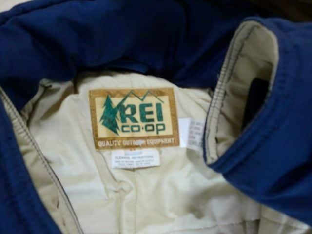 ヴィンテージ 80年代 REI ダウンジャケット Mサイズ < 男性ファッションの