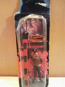未開封 エルム街の悪夢 フレディ フィギュア ストラップ! 1999