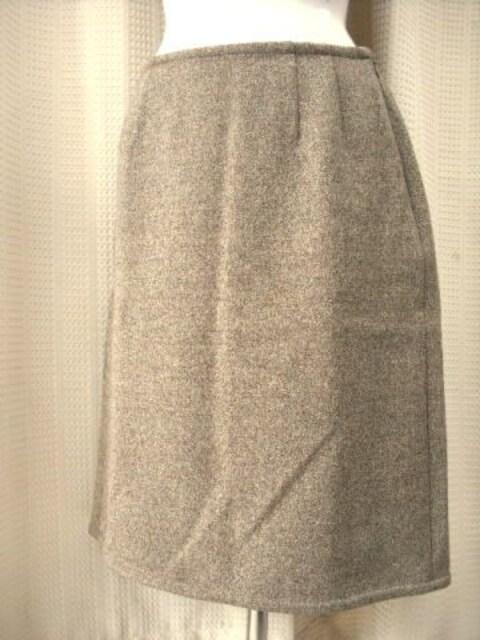 【SOLEIL】ブラウン系スカートスーツです < 女性ファッションの