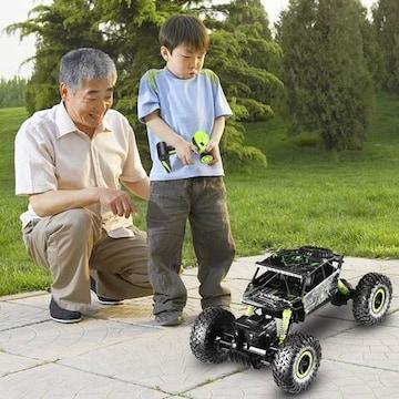 ラジコンカー RCカー 4WD 4輪駆動 1/18新