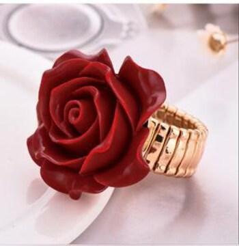 新品[8249]大きな赤薔薇モチーフの指輪/リング/ゴシック/ゴスロリ