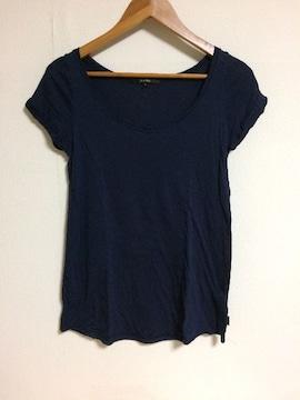 kariang ネイビーTシャツ