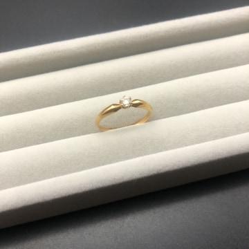 4°c ヨンドシー K18 ゴールド 一粒ダイヤモンド 指輪 リング
