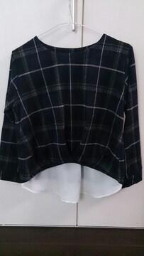 新品裾出しチェックプルオーバー☆LL