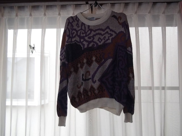UOMOのセーター(L) 日本製!。 < 男性ファッションの