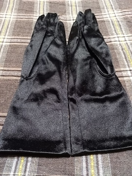 �S 黒の手袋