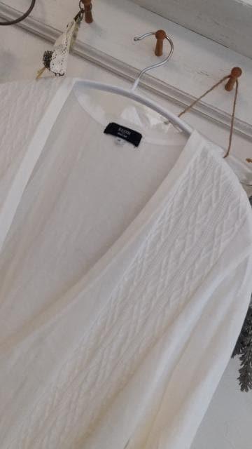 KEITH*トラッドVネックホワイトカーデ/44 < 女性ファッションの