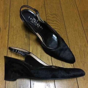 トラサルディ カウハイド パンプス ブラック 23.5 美ユーズド