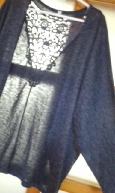 後ろ透かしレースが素敵なゆったりドルマンカーディガン  < 女性ファッションの