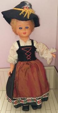 ビンテージスリープアイドール女の子ヨーロッパ民族衣装人形プラスチック製眠り目