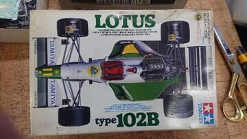 タミヤ 1/20 ロータス type 102B