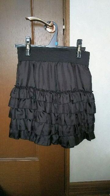 ☆エフデのフリル黒スカート☆  < ブランドの