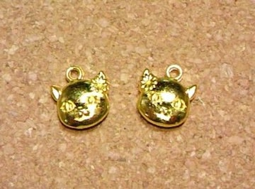 猫チャーム顔2個ゴールド