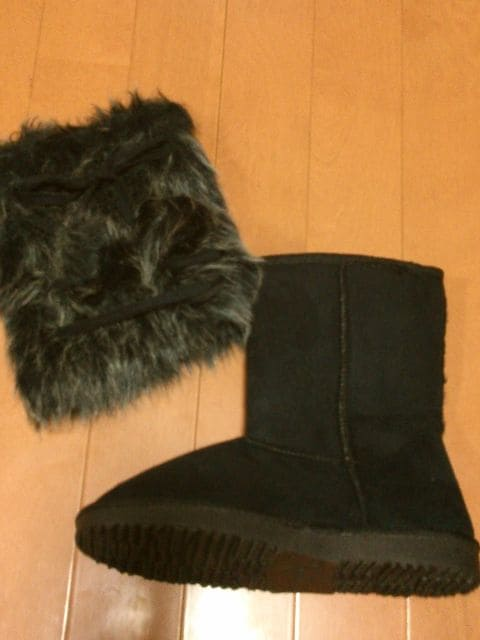 ◆編み込みポンポン付ムートンブーツ◆BK◆  < 女性ファッションの