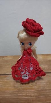 プチブライス赤のレース編みドレス