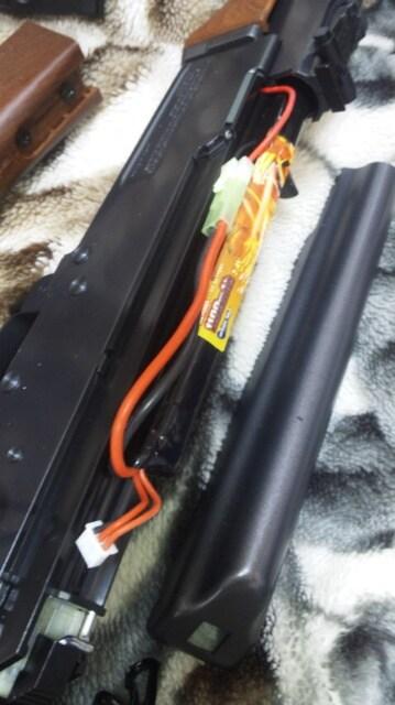 18才以上用超ハイパワー電動ガンバッテリー充電器AK多弾数マガジン