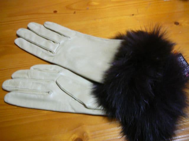 GEORGE MORAND(ジョルジュ モラン) フォックスファー羊手袋  < 女性ファッションの