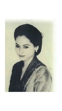 若かりし頃のデヴィ夫人の生写真